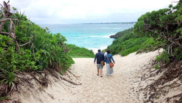 沖縄の宮古島砂山ビーチ